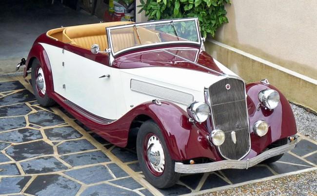 La Licorne 420 LS2 - 100 km/órás végsebességére gyorsíthatta az 55 LE-s négyhengeres motorja. 1936-ban 35 000 frankba került