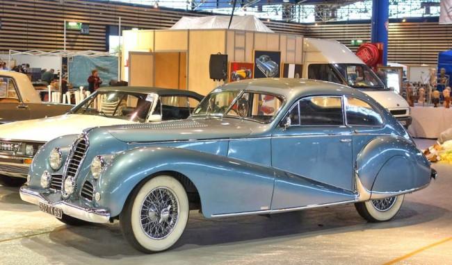 Delahaye 135M – a klasszikus kor egyik legkívánatosabb luxus sportautója volt. 1951-ig gyártották, a fotón egy Antem-kupé 1948-ból