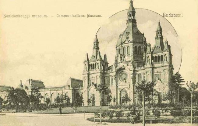 Régi képeslapon az eredeti, kupolacsarnokos épület. Jelen állás szerint 2018 tavaszán újra az 1896-os állapotot mutatja majd a Közlekedési Múzeum...
