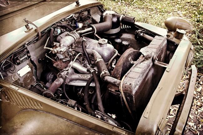 Az 1,9-es motort nem kellett megbontani, folyadékcsere után kifogástalanul dolgozik. 1953-tól szintén 1,9 l-es, 40 LE-s dízellel is gyártották