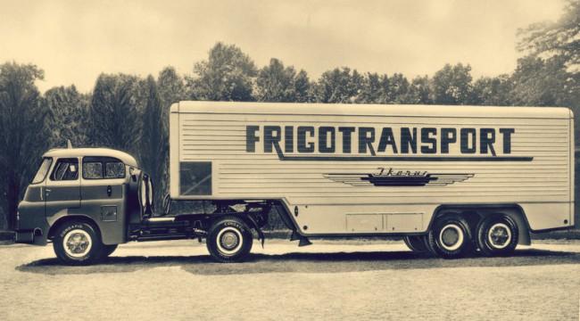 Nemzetközi forgalomban is részt vehettek az Ikarus hűtőkocsik, a nyugati minősítő intézetek elismerték a konstrukciók kiválóságát. A képen a 23 tonna össztömegű Csepel D705 N félpótkocsival