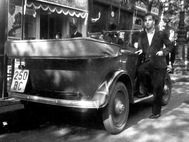 Lakcímre is leszállították az új automobilt, ha a boldog tulajdonos otthon szerette volna átvenni kocsiját