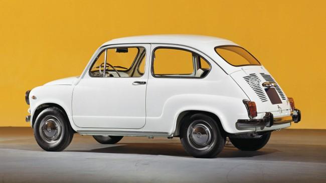 Normál ajtós 600 D – ebben a formában ismertük a Zastava 750-est, amit szintén árult a Merkur. A jugó verzió népszerű volt itthon, többek között Gobbi Hildának is volt ilyen autója