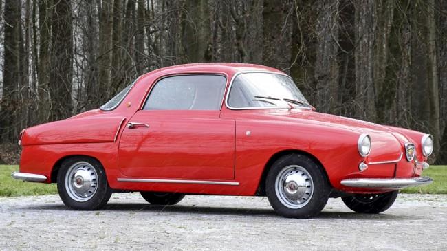 Sok egyedi vagy kisszériás autó készült 600-as alapra, ez egy utcai Abarth 750-ből épített 1956-os Viotti-féle Coupe